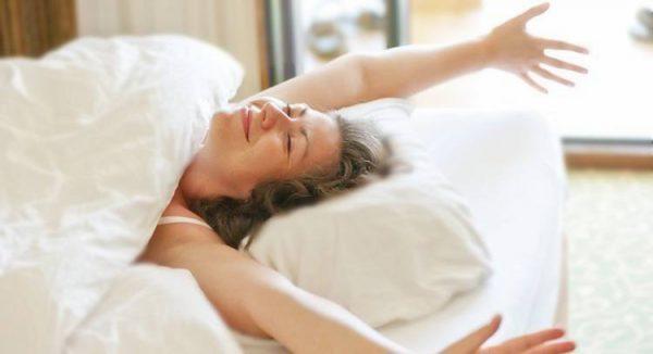 想要减肥?科学家称你应该多睡一会儿