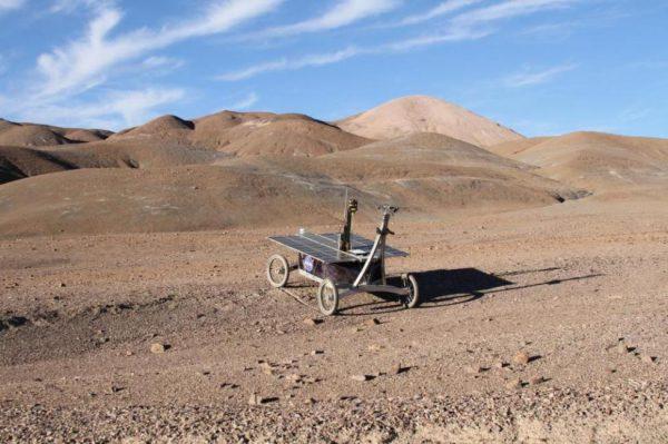 美国宇航局的火星车在从类似火星的阿塔卡马沙漠收集的地下土壤中找到了生命